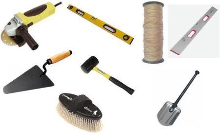 будьте внимательны, в последующих работах вам уже понадобится инструмент для укладки тротуарной плитки