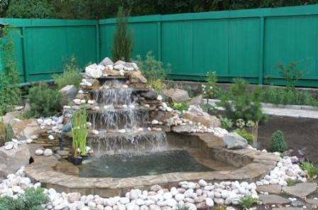 прудик с водопадом фото