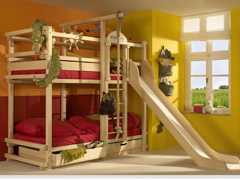 Как украсить двухъярусную кровать своими руками