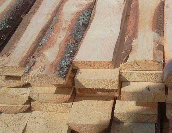 Как сэкономить средства при возведении деревянного забора